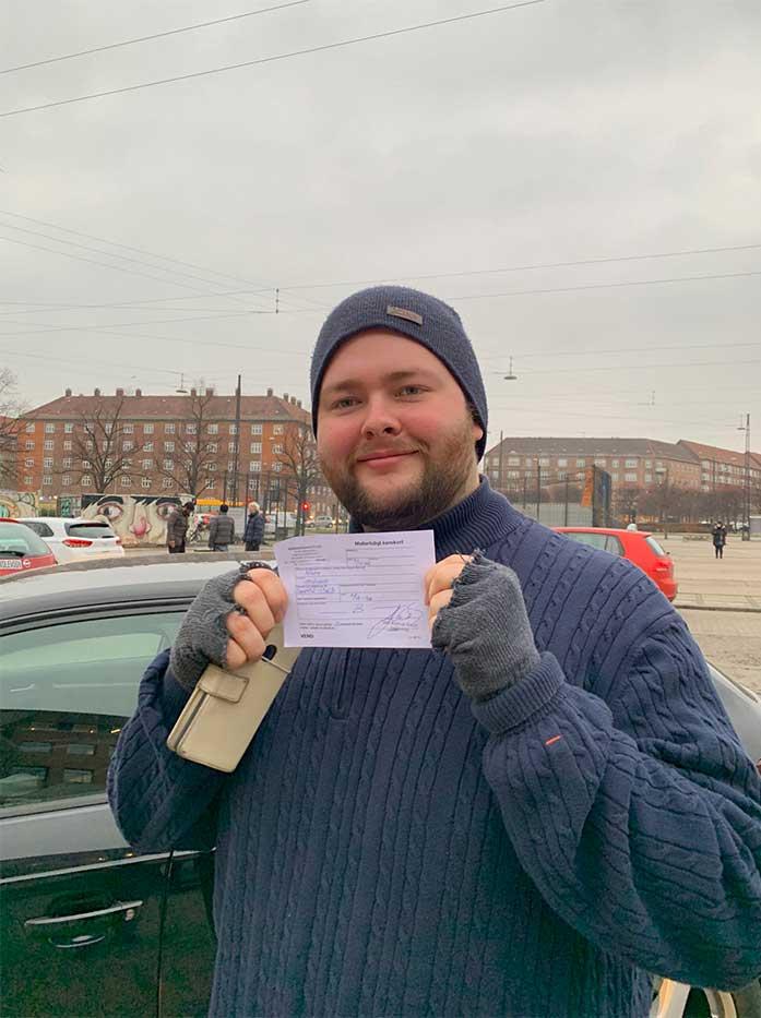 Bestået første gang - Køreskole i Næstved